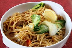 Pancit canton, Papa's Kitchen, Woodside, Queens