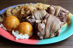 Pork hock dinner, Relax, Greenpoint, Brooklyn