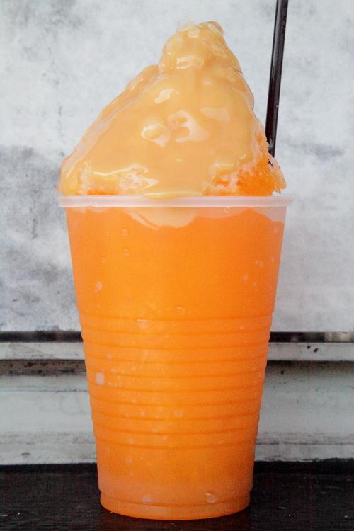 Orange raspado (aka frio frio, guayado) with condensed milk, El Bohio, Corona, Queens