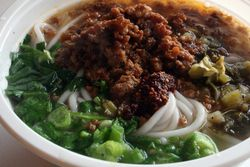 Rice noodles with spicy meat sauce, Yun Nan Flavour Snack, Sunset Park, Brooklyn