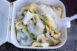Lai cheong fun with ground chicken and egg, steamed rice noodle cart, Sunset Park, Brooklyn