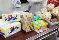 Snacks, Placita Ecuatoriana Grocery, Bushwick, Brooklyn