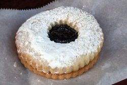Linzer torte cookie filled with raspberry jam, Nita's European Bakery, Sunnyside, Queens