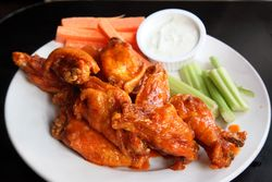 Buffalo chicken wings, Bonnie's Grill, Park Slope, Manhattan