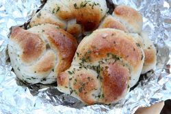 Garlic knots, Kosher Pizzamania, Kew Gardens Hills, Queens