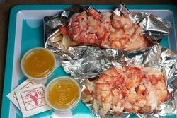 Lobster rolls, Red's Eats, Wiscasset, Maine