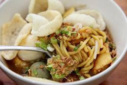 Emie, %22gravy egg noodles,%22 Sky Cafe, Elmhurst, Queens