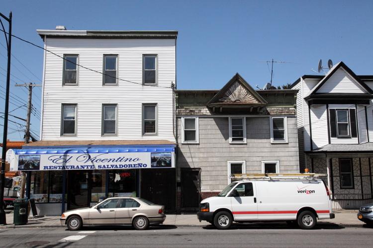 El Vincentino, College Point, Queens