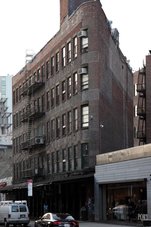 ES Burnham & Co, surviving signage, Gansevoort Street, Manhattan