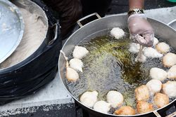 Preparing puff-puffs, Nigerian Independence Day Festival, Dag Hammarskjold Plaza, East 47th St, Manhattan