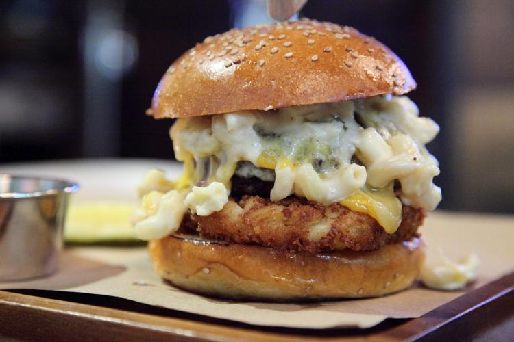Mac and cheese burger, The Ainsworth, East 33rd Street, Manhattan