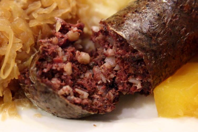 Verivorst (blood sausage, cutaway view), Estonian Christmas Bazaar, New York Estonian House, East 34th St, Manhattan