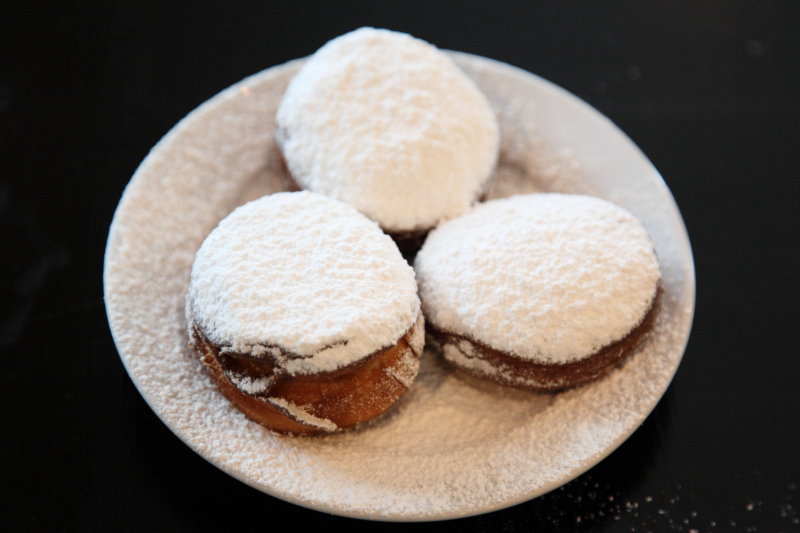 Beignets  Cafe Booqoo  Carroll Gardens  Brooklyn