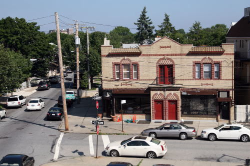 Lee's Tavern (on the corner)  Dongan Hills  Staten Island