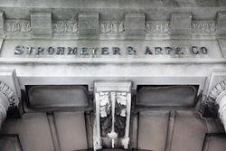 Strohmeyer & Arpe, surviving signage, Franklin Street, Manhattan