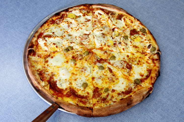 Baiana, Brazilian Pizza, Newark, New Jersey