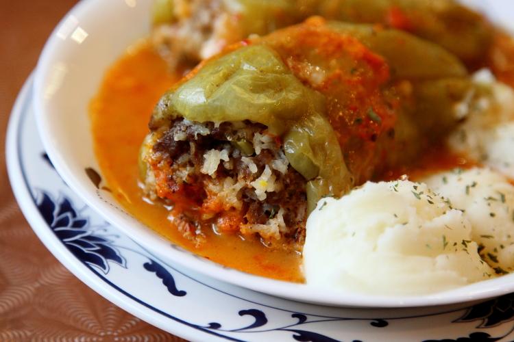 Punjene paprike, stuffed peppers, Cevabdzinica Sarajevo, aka Sarajevo Fast Food, Astoria, Queens