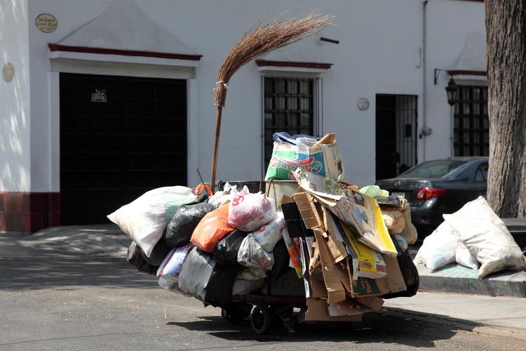 Street sweeper's cart  San Gregorio  Coyoacan  Mexico City