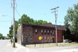 Gund's, the better beer, surviving signage, Cleveland
