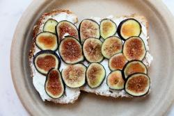 Fig-and-ricotta toast, Orwashers, Amsterdam Ave, Manhattan