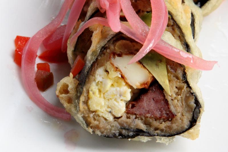 Tre golpe sushi roll  MamaSushi  Broadway  Manhattan
