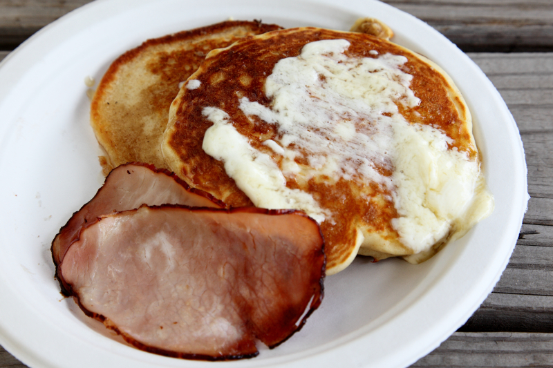 Pancakes and bacon  Mile End  Canade D'eh  The Well  East Williamsburg  Brooklyn