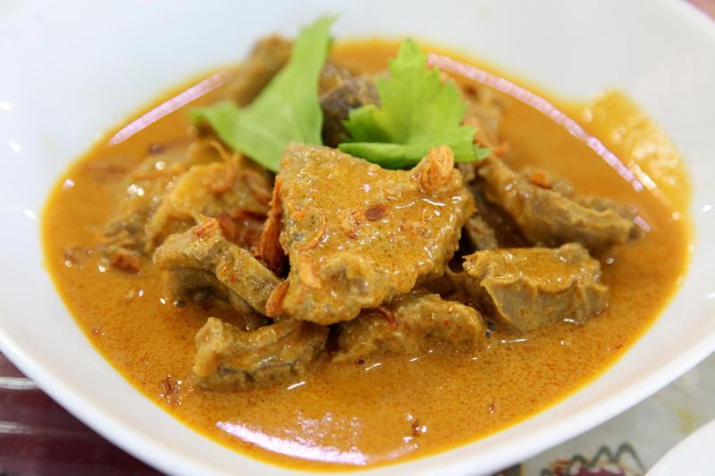 Gulai kambing  curried lamb  Upi Jaya  Elmhurst  Queens