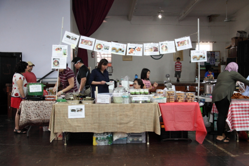 Warung Kita  Indonesian bazaar at St James Episcopal Church  Elmhurst  Queens