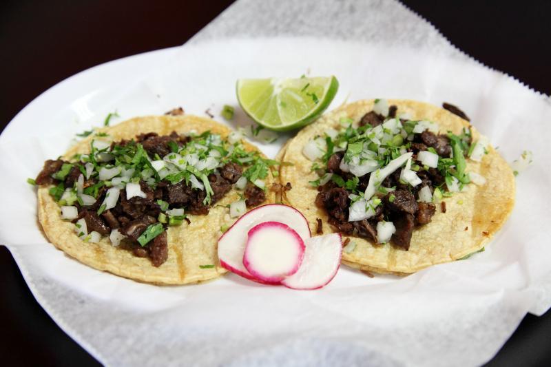 Tacos de cabeza  J Sazon  Passaic  New Jersey