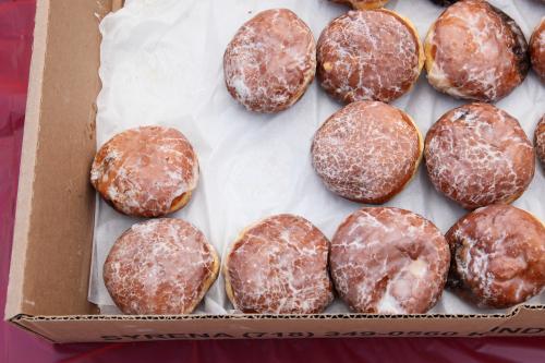 Plum pączki  Sweet Malina Bakery  LIC Flea & Food  Long Island City  Queens