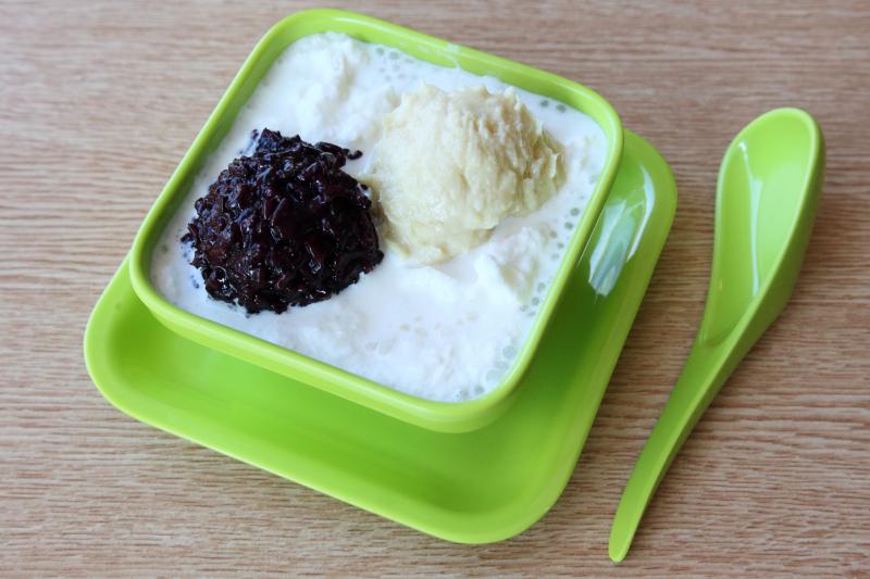 Snow white with durian and black glutinous rice  Medo Desserts  Bensonhurst  Brooklyn