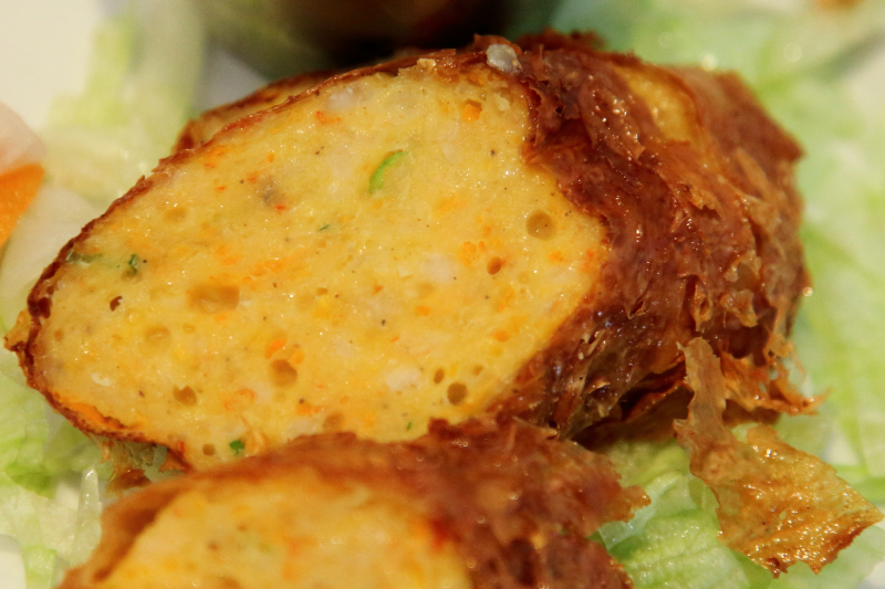 Gohyong  minced shrimp and chicken fried in tofu skin  Jembatan 5  Philadelphia