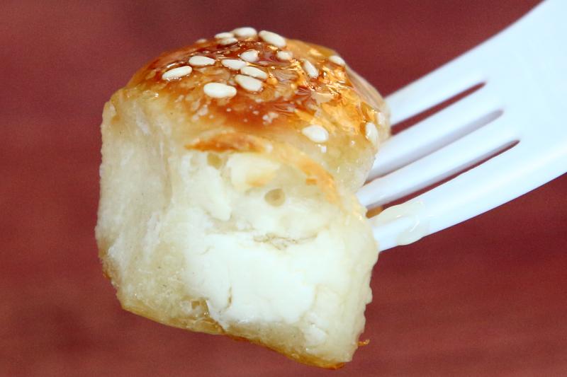Khaliat al-nahl  Yemeni honeycomb bread  Qahwah House  Williamsburg  Brooklyn